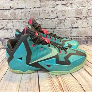 Nike Lebron 11 'South Bech' Sneakers